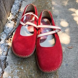 EUC Born Red Suede Slip on Flats/Walking Shoes W-7